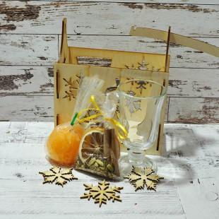 Набор для глинтвейна в фанерной коробочке с одним бокалом
